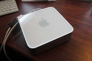 Apple Mac Mini Magic Mouse and Bluetooth Keyboard MC238LL A October 2009