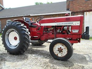 International 544 Farm Tractor 55 HP Gas Power Steer Dual Remotes