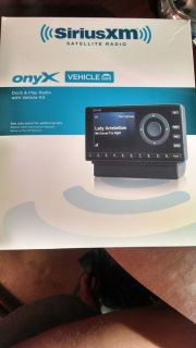 Sirius XM Onyx Dock Play Radio Vehicle NIB 884720012198