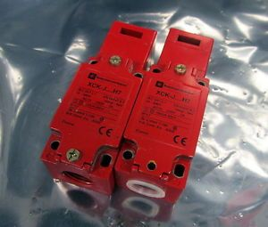 Telemecanique XCK J H7 Limit Switches Lot of 2