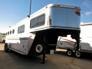 2003 Sundowner Valuelite Custom 31' 4 Horse Trailer Living Quarters 2013