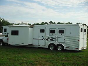 2005 Exiss Event 3 Horse Trailer with Living Quarters Gooseneck 1 Slide 38 Ft