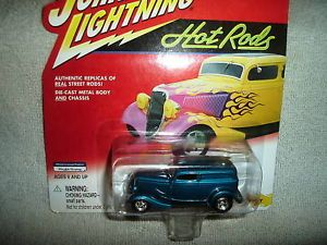 Johnny Lightning Hot Rods 1933 Delivery Truck Teal Green JL