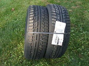 2 or 1 Kumho I'Zen KW22 Studable Winter Snow Tires Pair of 225 60 16