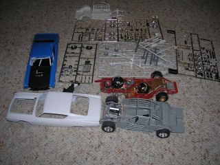 1 24 Scale Model Car Junkyard Parts and Bodies