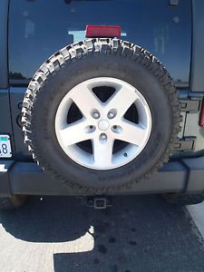 "Jeep Wrangler Wheel Rim Alloy and Tire 17"" Rubicon 255 75 17 BF Goodrich 1"
