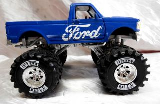 Ford F 150 NewRay New Ray 1 32 Monster Truck Pirelli Tires