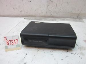 Parts Only CD Compact Disc Changer w Magazine 94 95 Mercedes S320 S420 S500 W140