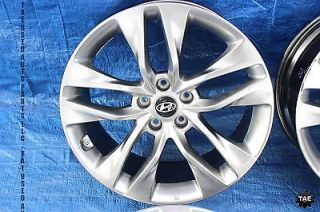 "2013 Hyundai Genesis Coupe TR Edition Wheels Staggered 19"" 5x114 3 3 8 V6"