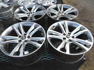 "Hyundai Genesis 19"" Alloy Wheel Rims Set LKQ"