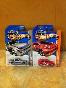 2013 Hot Wheels Treasure Hunts Mazda RX 7 Ford Fiesta