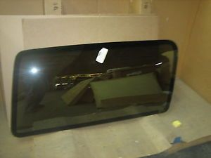 Ford Bronco II 2DOOR Utility 1984 Right Rear Reflective Quarter Glass OE DQ6780