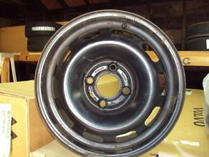 Volvo Used 850 4 Lug Steel Wheel