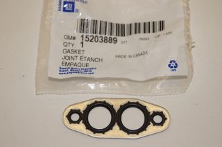 09 11 Cadillac cts Engine Oil Cooler Gasket