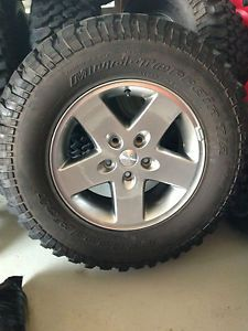 2012 Stock Jeep Wrangler Rubicon Wheels and Tires Set of 5 Pristine Shape