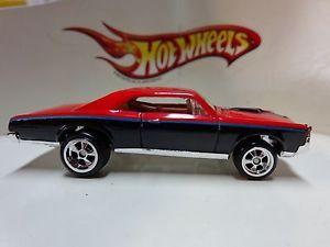 Hot Wheels Garage Pontiac GTO