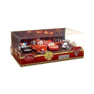 Disney / Pixar CARS TOON Exclusive 148 Die Cast 4Pack Rescue Squad Mater Lightning McQueen, Firetruck Mater, Rescue Squad Police Car Chopper Toys & Games