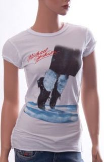 Amplified Damen kurzarm T Shirt MICHAEL JACKSON DANCING FEET white AV101 MJF, Gr��eXS Bekleidung