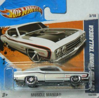 Hot Wheels Muscle Mania '69 Ford Torino Talladega 103/244 on Short Card