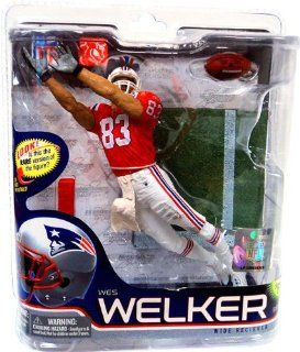 McFarlane Toys NFL Sports Picks Series 26 Action Figure Wes Welker (New England Patriots) Minuteman Jersey Gold Collector Level Chase Toys & Games