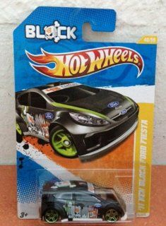 Hot Wheels 2012 84/247  Muscle Mania Mopar '12 4/10   '69 Dodge Coronet Super Bee Toys & Games
