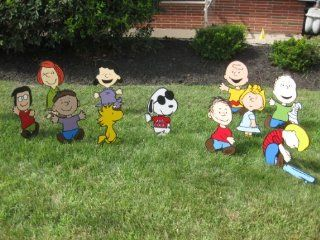 Lawn Art Figure Set Peanuts Crew Including Woodstock Charlie Brown Lucy Peppermint Patty Linus Schroeder Sally Pig Pen Franklin & Marcie With Snoopy As Joe Cool Wearing Red Shirt Handcrafted & Painted With Great Detail Metal Stakes & Wall Mount